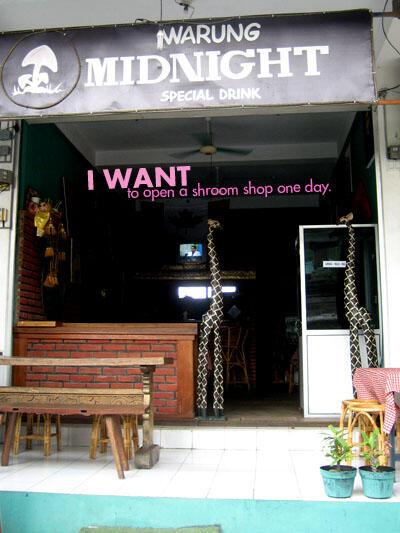 Shroom Cafe in Kuta