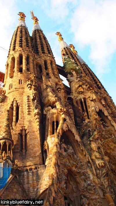 sagrada familia by gaudi, barcelona