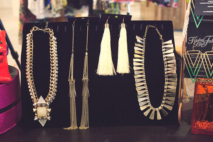 necklace-earring-pop