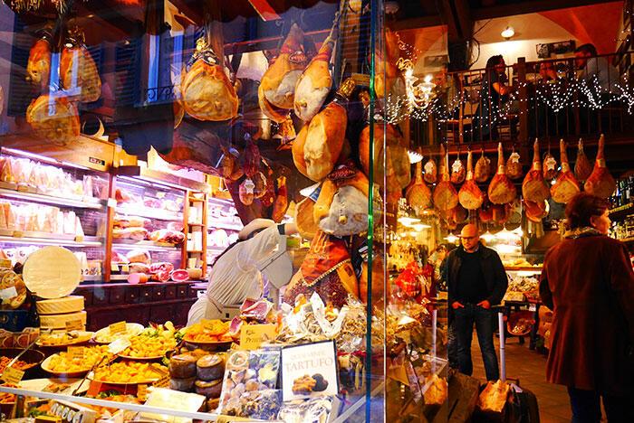 bologna-italy-29-hams