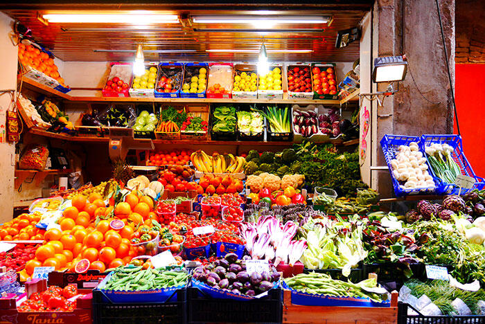 bologna-italy-31-fruits
