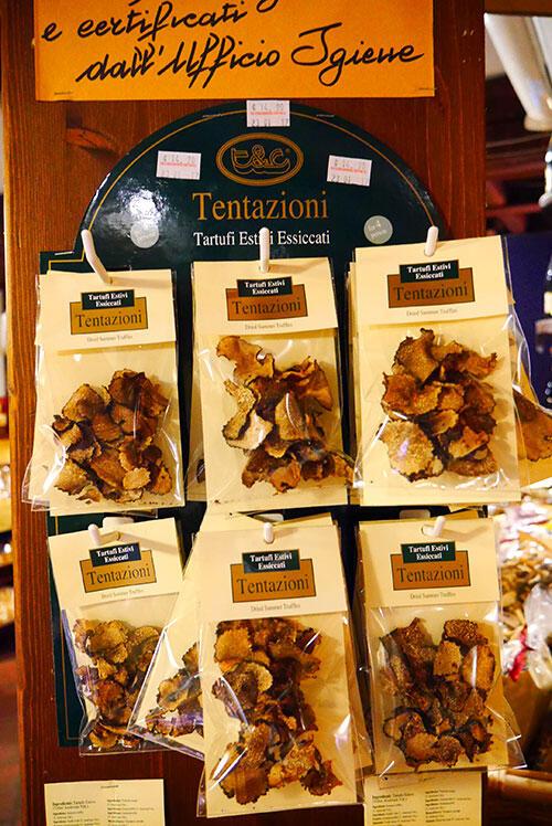 bologna-italy-45-truffles-mushrooms