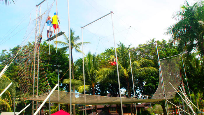 trapeze-clubmed-bali1