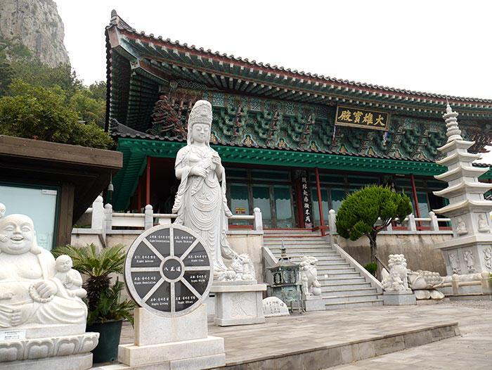 jeju-korea-1-temple-mount-sanbang