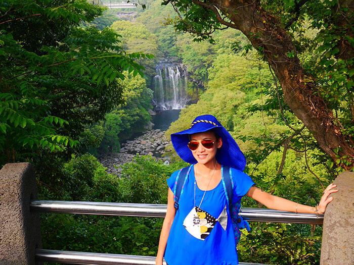 jeju-korea-60-Jeju-waterfall