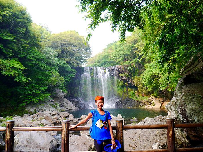jeju-korea-63-Jeju-waterfall