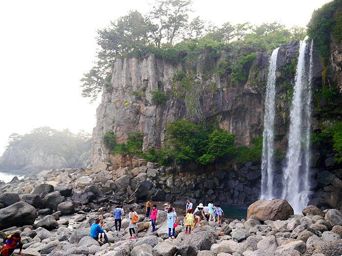 jeju-korea-68-jeongbang-waterfall