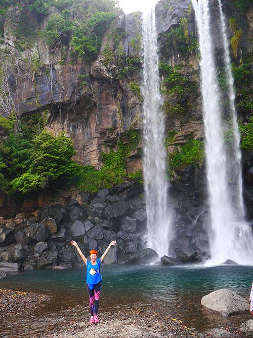 jeju-korea-69-jeongbang-waterfall