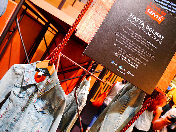 a-live-in-levi's-klcc-1