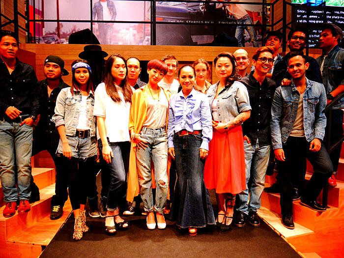 a-live-in-levi's-klcc-22