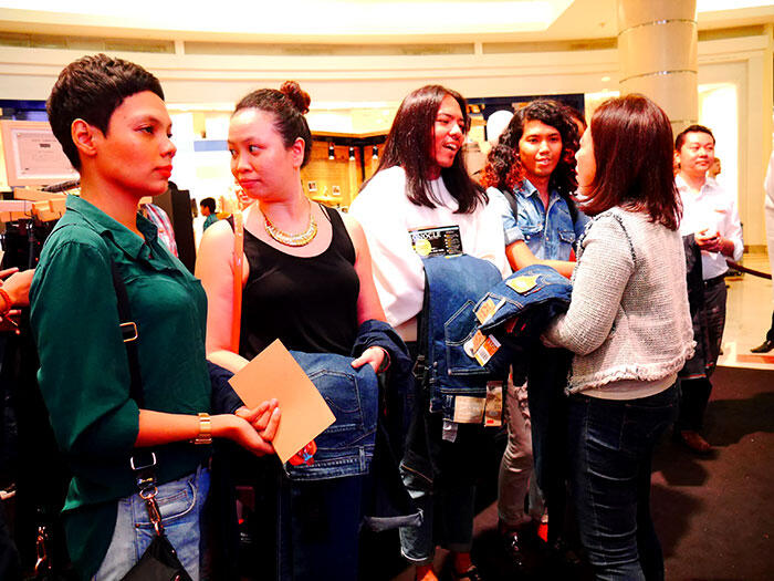 a-live-in-levi's-klcc-35