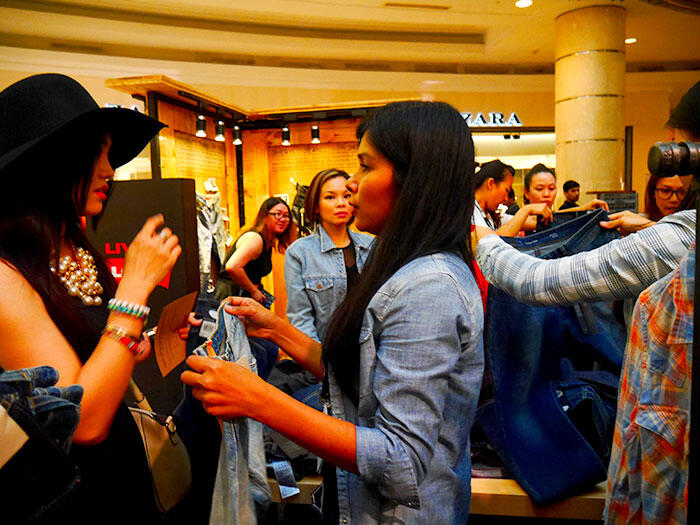 a-live-in-levi's-klcc-9