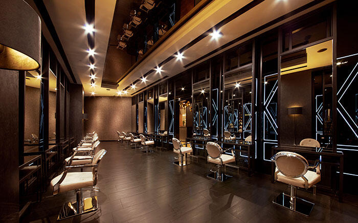 700-CENTRO-W-SALON-Stylists'-Room-(2)
