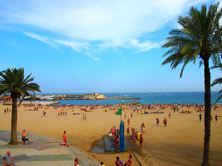 5-barcelona-beach