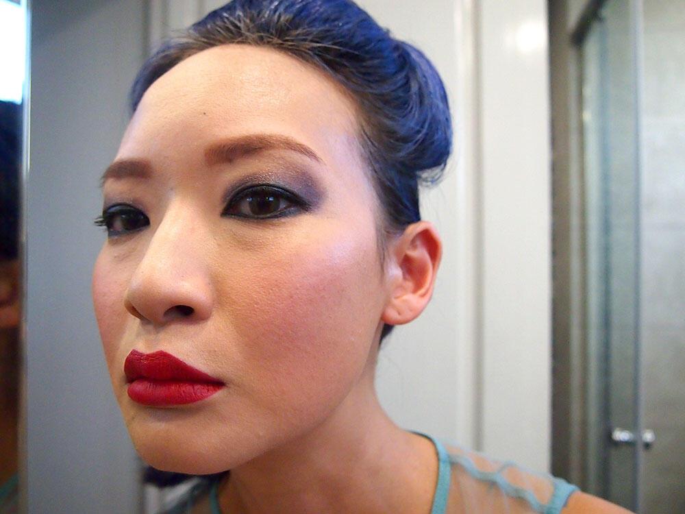 joyce-wong-urban-decay-gwen-stefani-lipstick-review-1