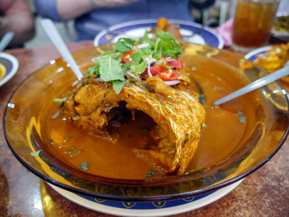 HGTV Asia The Cousins in Malaysia John Colaneri Anthony Carrino-12 Nasi Kandar Pelita KLCC