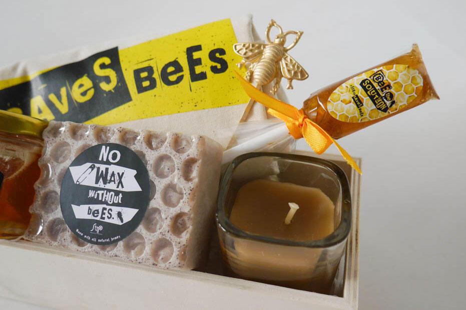 Strip-Saves-Bees-2