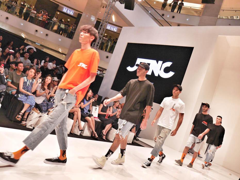 KL Fashion Week KLFW RTW 2016 Day 1 - 14 JTNC by justin chew