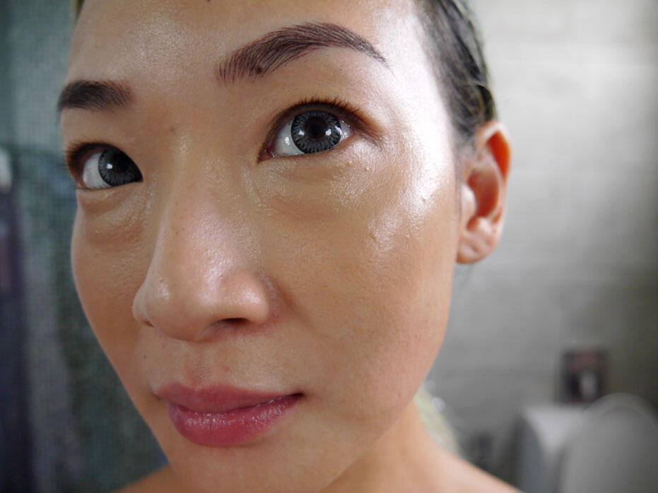 Too-Faced-Born-This-Way-Concealer-8