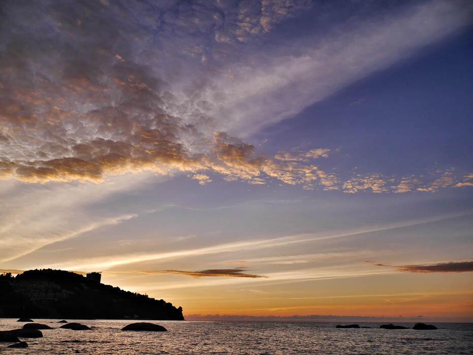 penang-batu-ferringhi-beach-10