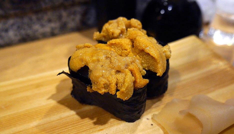 a-hide-ei-sushi-bar-nakano-3-uni-sea-urchin-sushi