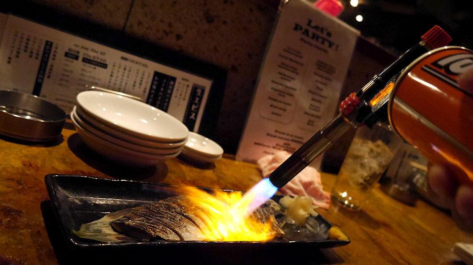 e-35-steps-bistro-shibuya-tokyo-2-torched-mackerel
