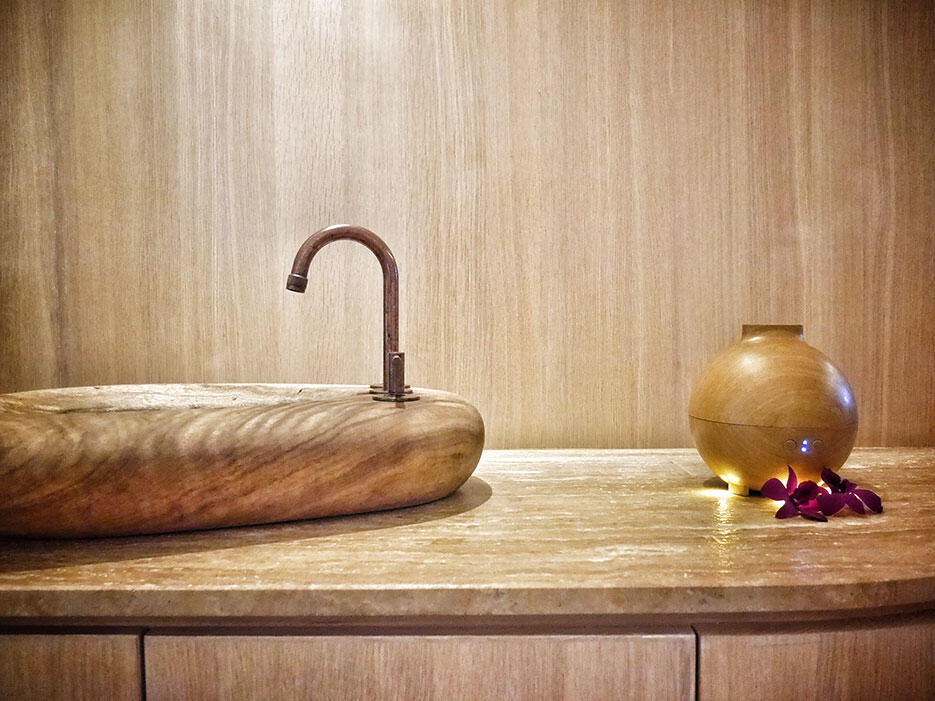 eos-wellness-eo-st-mary-residences-3-wooden-sink