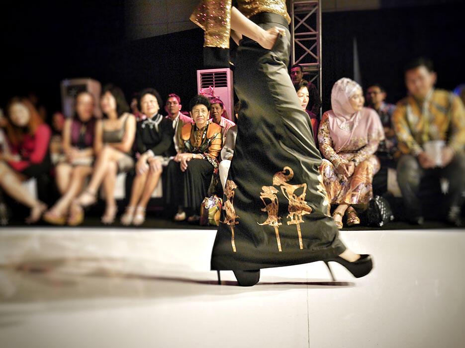 a-zang-toi-epson-malaysia-fashion-week-2016_14