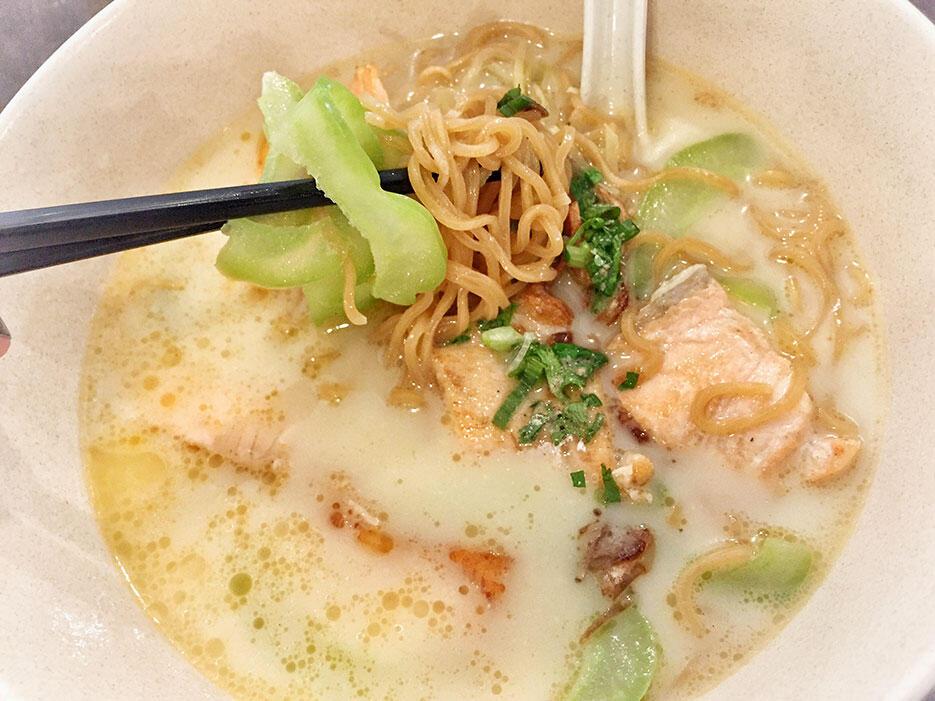 malaysian-food-10-fish-noodle-damansara-kim
