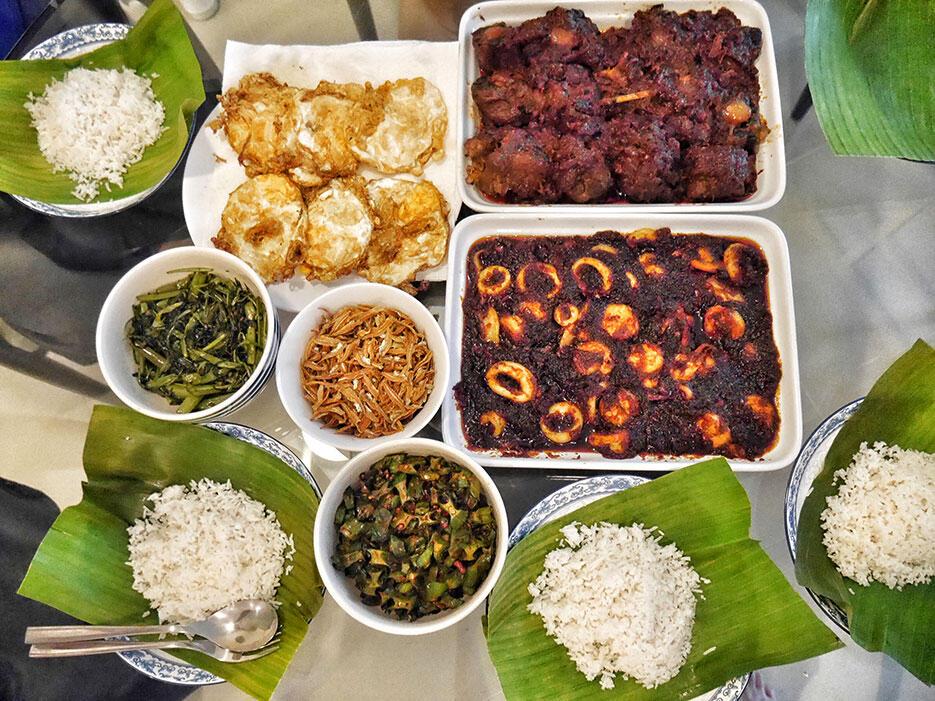malaysian-food-3-home-cooked-nasi-lemak