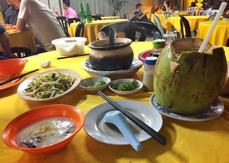 malaysian-food-6-porridge-imbi-kl