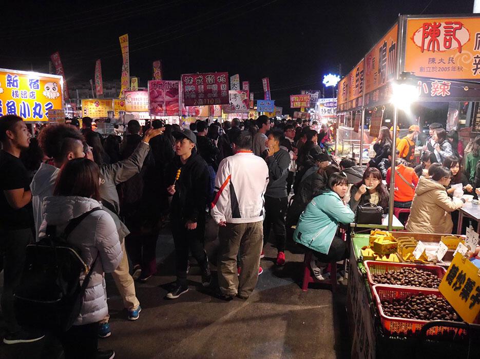a-tainan-street-food-14-night-market