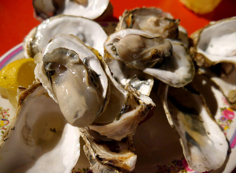 a-tainan-street-food-24-oysters