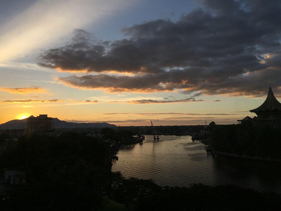 aps-jamie-wedding-kuching-33-sunset