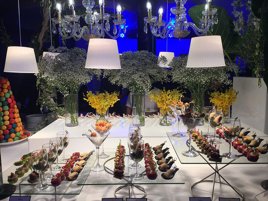 gardens-mall-10th-anniversary-3-malaysia-event-celebration-buffet-spread-canapes