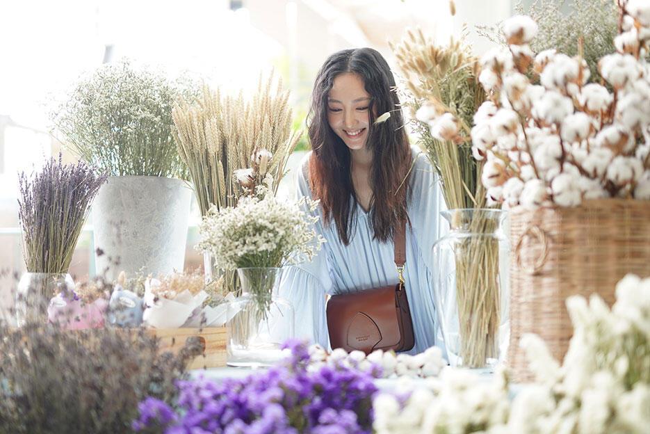 eleanor-make-up-launch-malaysia-sasa-11-jojo-goh-flowers