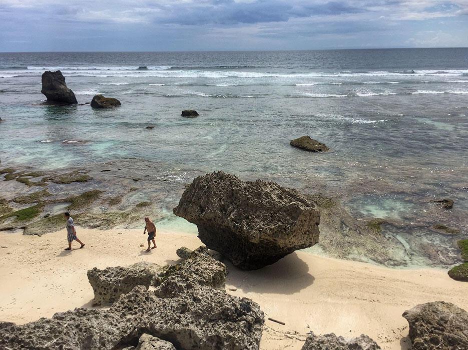uluwatu-surf-villas-bali-11-beach-ocean