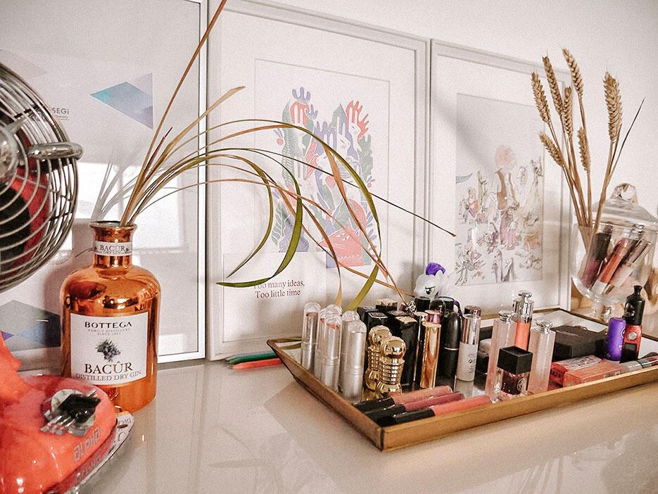 a-casa-fairy-malaysia-interior-design-2-lipsticks